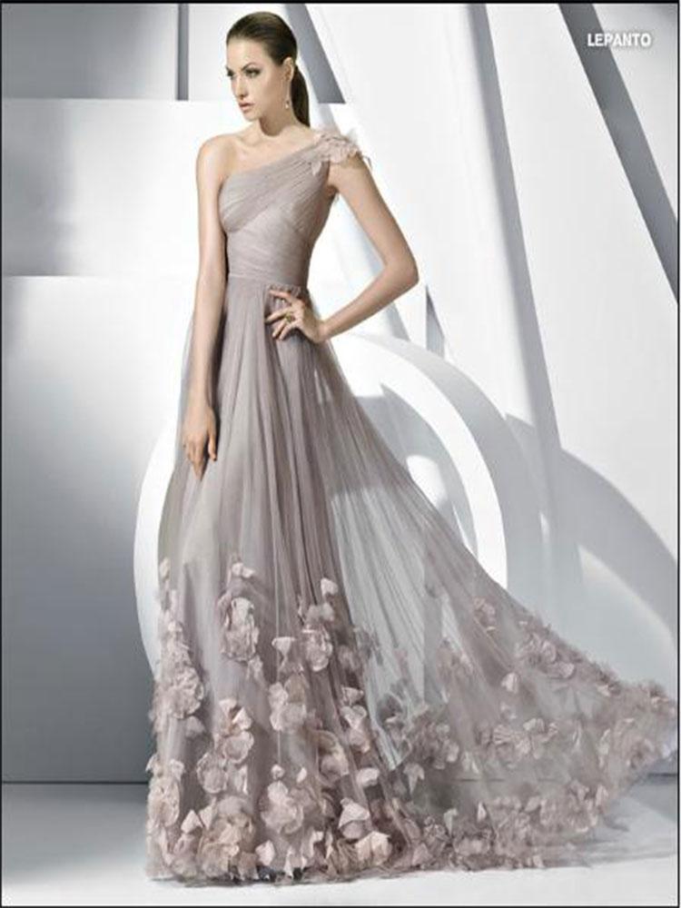 cengiz-akturk-elbise-dantelli