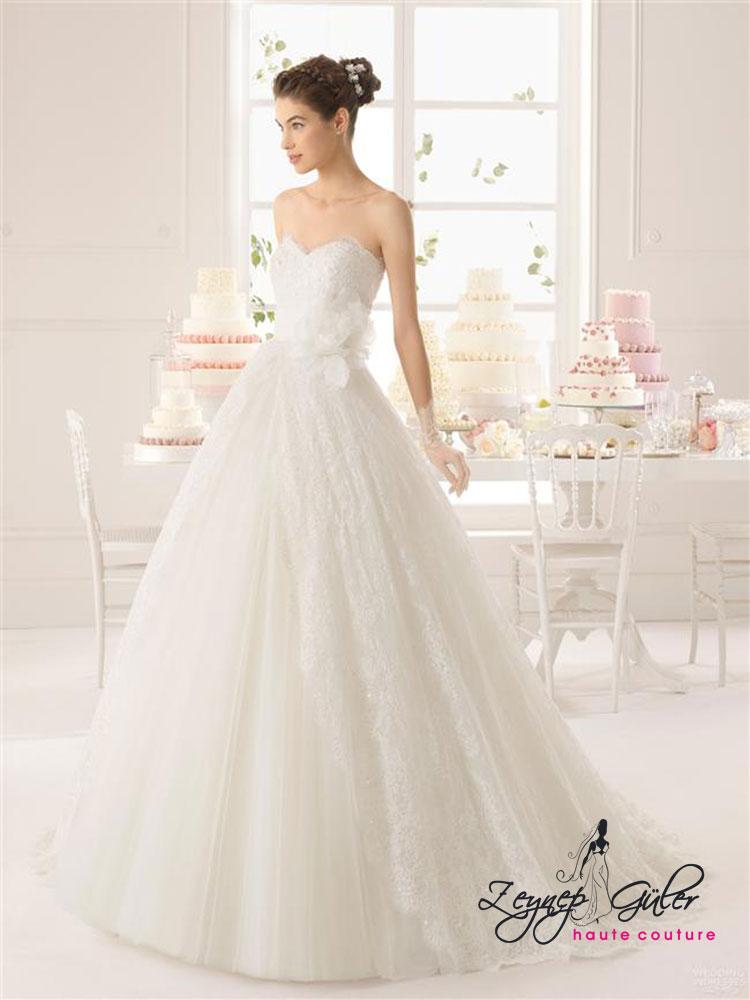 sade-2015-Prenses-Gelinlik-Modelleri